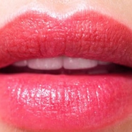 """Татуаж губ в технике """"Помадный эффект"""""""