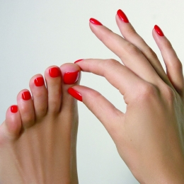 Педикюр пальцев ног аппаратный для Дам