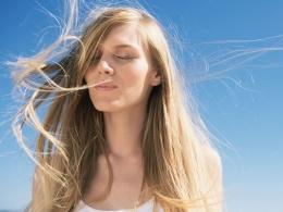 Как уберечь волосы от воздействия солнца